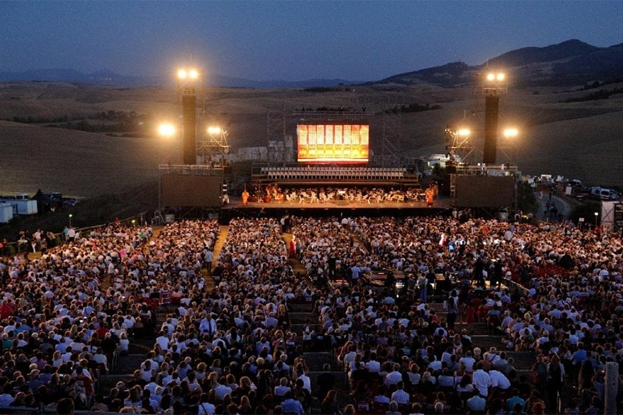 BEST OFFER BOCELLI CONCERT - THE THEATER OF SILENCE